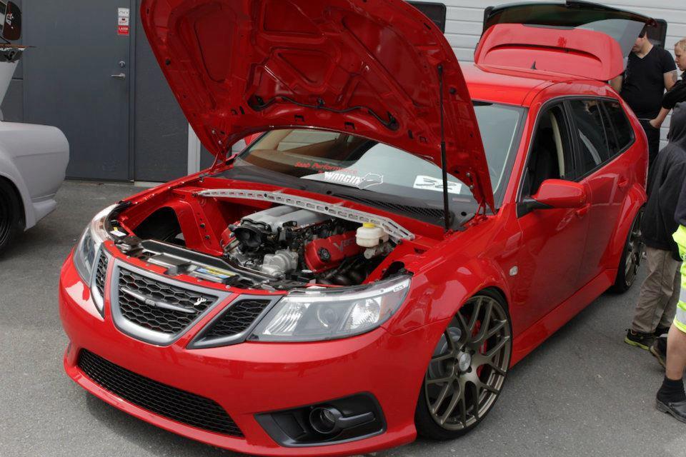 V10 Dodge Viper Saab